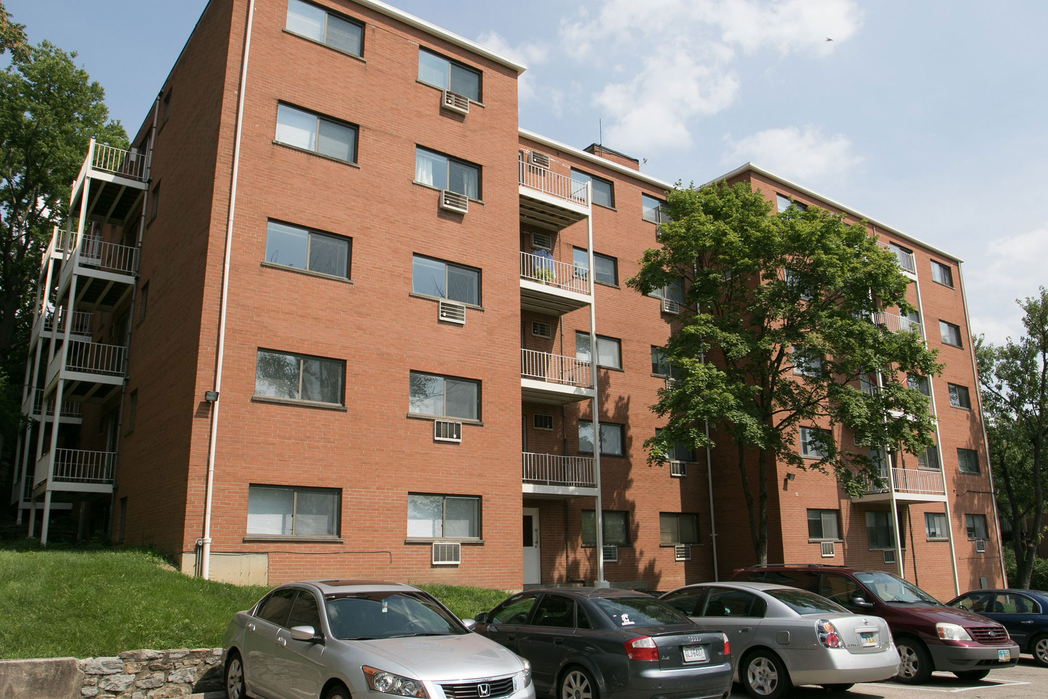 Clifton Colony Apartments Cincinnati Ohio